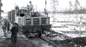 Französischer ungepanzerter Eisenbahnzug