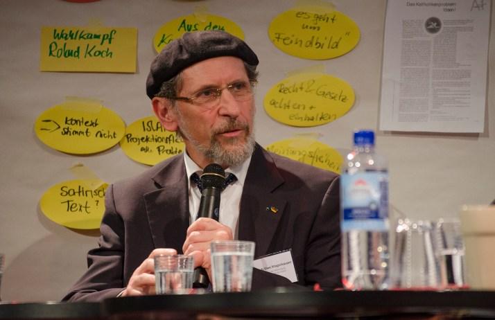 Abdullah Uwe Wagishauser, Vorsitzender der Ahmadiyya Muslim Jamaat Deutschland bei der Posiumsdikussion