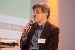 Miguel Ruiz, Migrantenbeirat der Stadt Leipzig, bei der Podiumsdiskussion