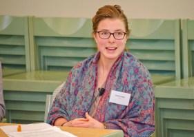 Sophie Hinger, Sussex über: Massenunterkünfte und soziale Nähe in der Stadt(teil)gesellschaft