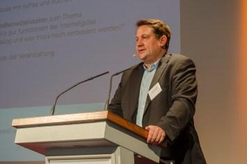 Moderator Dr. Alexander Yendell; Foto: Andreas Reichelt