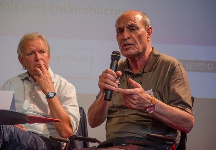 Dawud Gholamasad (rechts), Soziologe, Universität Hannover; Foto: Andreas Reichelt