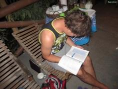 Aron beim Lernen