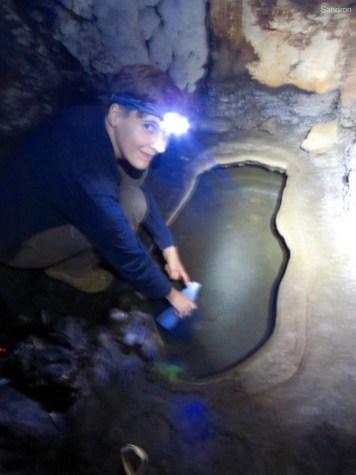 in der Trockenzeit die einzige Wasserquelle im umkreis von 10km, deswegen auch der Name Sacred Well