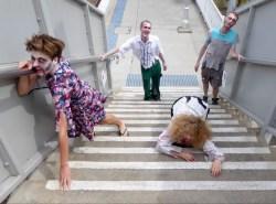 Auch Zombies müssen Treppen steigen