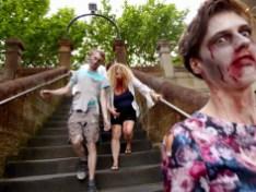 Zombie Foto Bomb