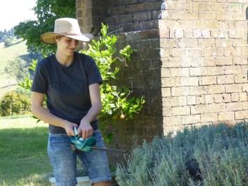 Sandra mit ihrem chicken Hut