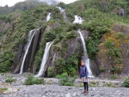 Sandra liebt Wasserfälle