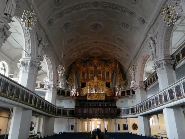 Celle-Stadtkirche-St.-Marien-Innen-weltreize