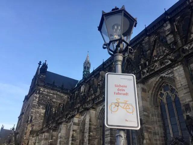Magdeburger Dom Schild Fahrrad