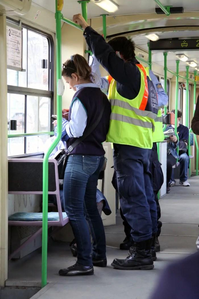 Fahrkartenkontrolle-Strassenbahn-Budapest