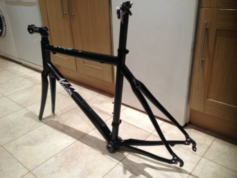 For Sale: Road frame, carbon forks, carbon seat post,deda stem, bottom bracket and headset