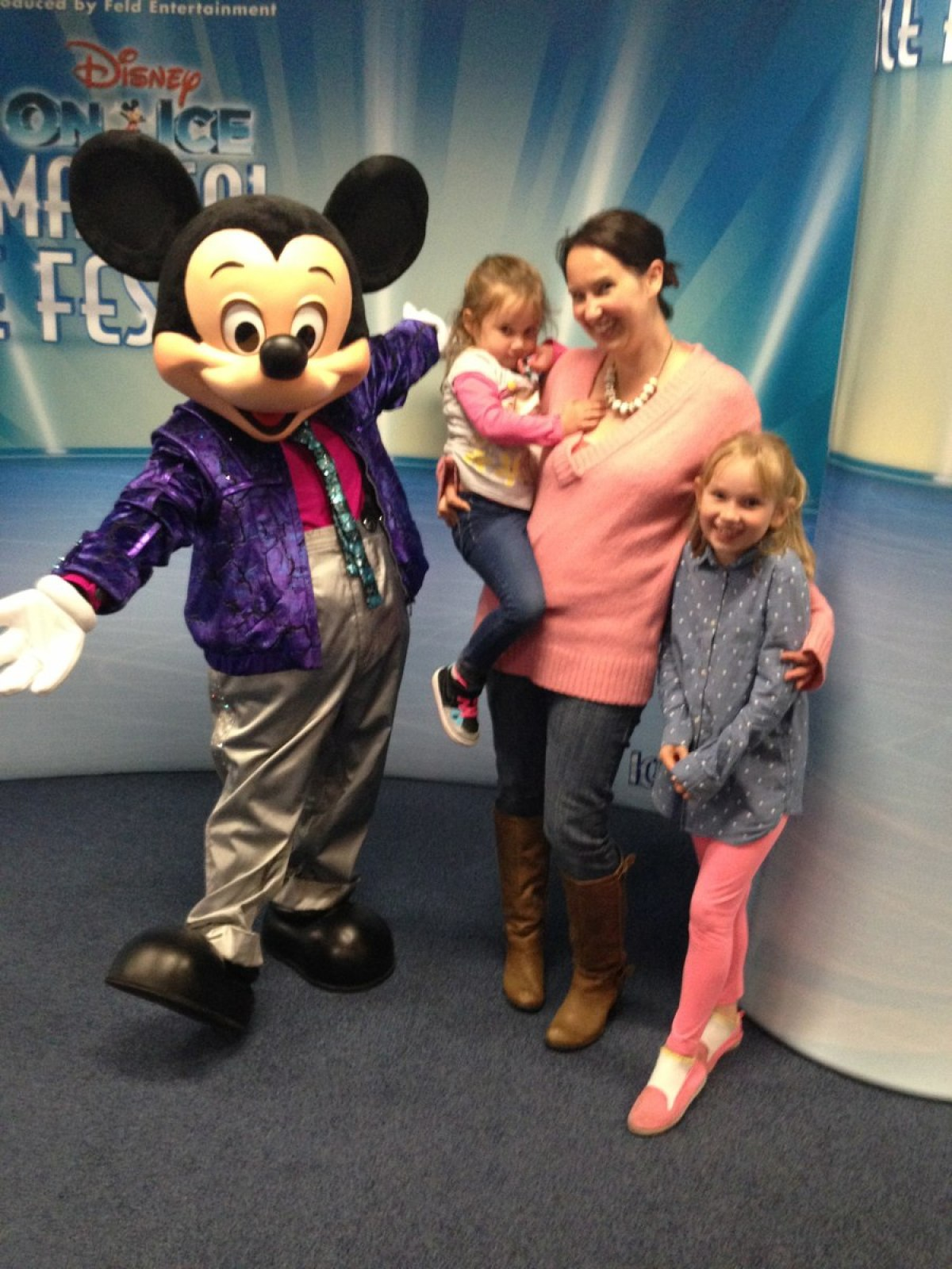 disney on ice mickey