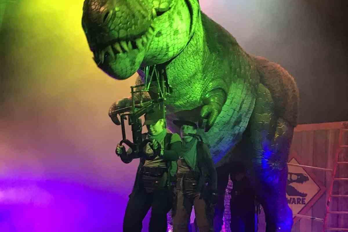 dinosaur world live review