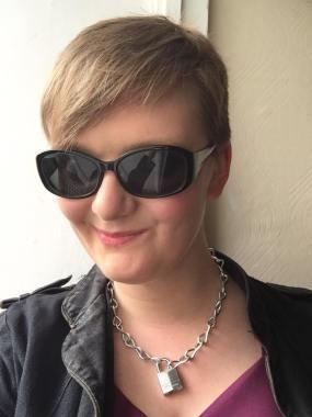 Jennifer Drewett - Film Journalist and Screenwriter