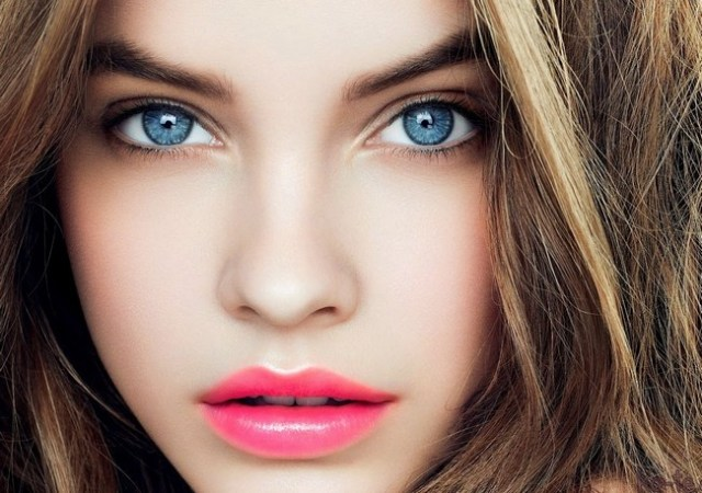 Best Eye Makeup For Pale Skin How To Best Day Makeup For Fair Skin Blue Eyes Glitz N Dirt