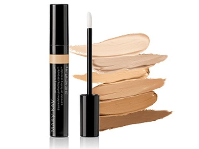 Best Eye Makeup For Pale Skin The Best Eye Makeup Products For Brown Skin Tones Huffpost Canada
