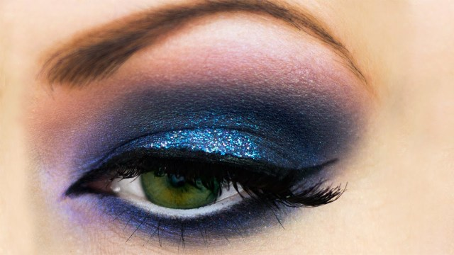 Best Way To Do Makeup For Blue Eyes Blue Smokey Eyes Makeup Dos Youtube