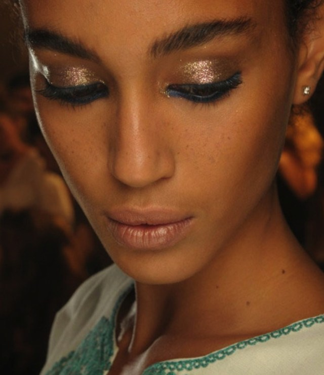 Eye Makeup For Dark Skin Try These Spring Makeup Trends For Darker Skin Tones Stylecaster