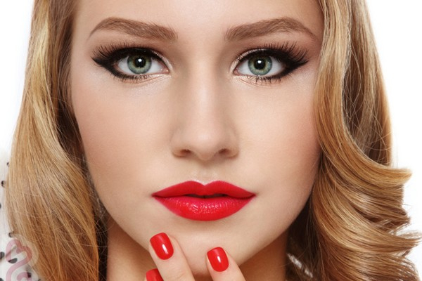 Eye Makeup For Pale Skin Makeup Tips For Fair Skin And Dark Hair