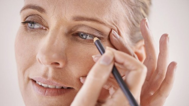 Eye Makeup For Women Over 60 This Is The Best Way To Apply Eyeliner After 60 Makeup For Older