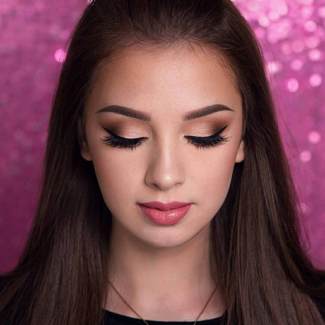 Eye Makeup To Make Small Eyes Look Bigger How To Make Your Eyes Look Bigger With Makeup Ladylife