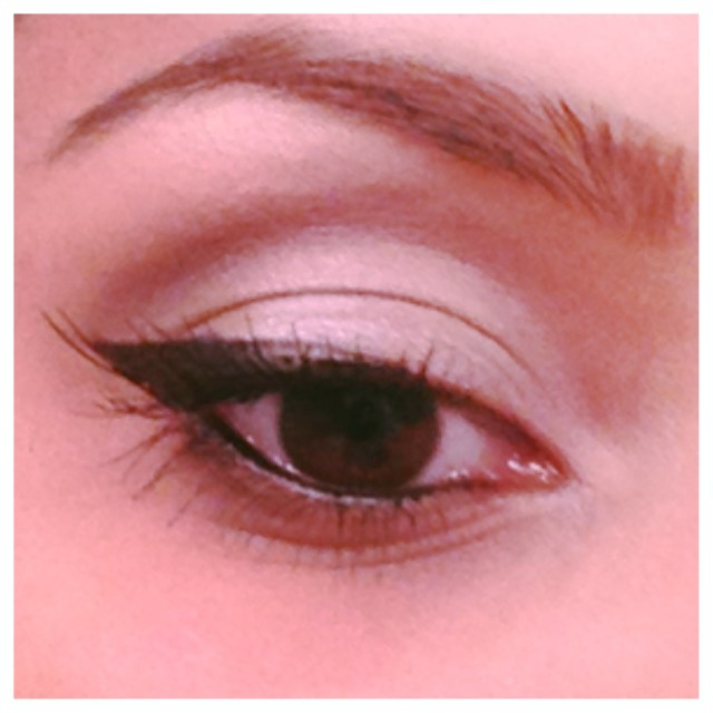 Eyes For Makeup 8 Ways To Make Your Eyes Appear Larger With Makeup Huffpost Life