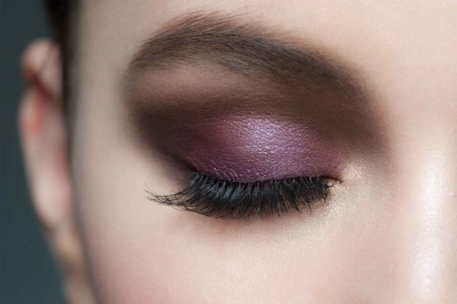 Eyes For Makeup Eye Makeup Tips 7 Ways To Make Your Eyes Pop Readers Digest