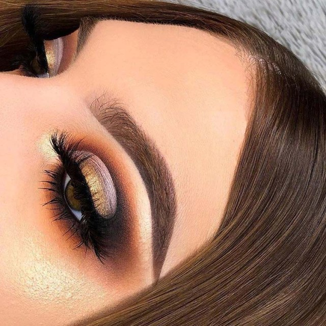 Gold And Smokey Eye Makeup Awesome Golden Smokey Eye Makeup With A Pop Of Gold Modren Villa