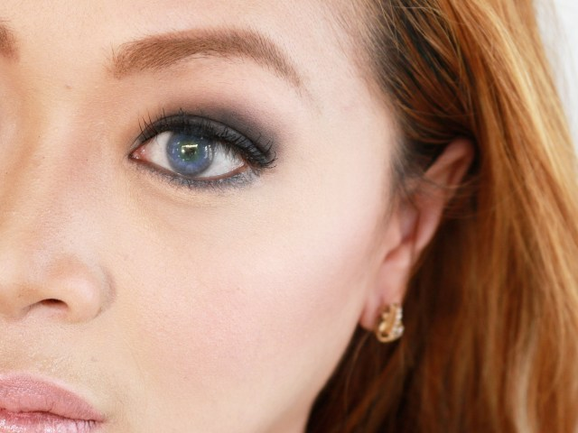 How To Do Makeup For Blue Eyes How To Do Eye Makeup For Blue Eyes With Pictures Wikihow