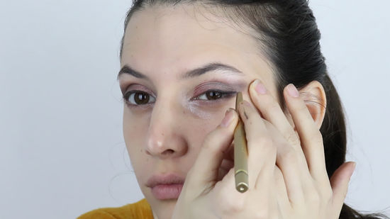 How To Put Eye Makeup On Small Eyes How To Apply Eye Makeup For Deep Set Eyes 15 Steps