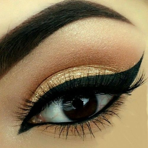 Images Of Beautiful Eyes Makeup Golden Shimmery Eye Makeup Uploaded Lane On We Heart It