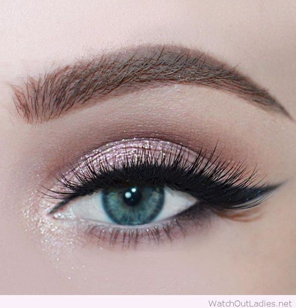 Makeup For Greenish Blue Eyes Rose Glitter For Blue Eyes 2713779 Weddbook