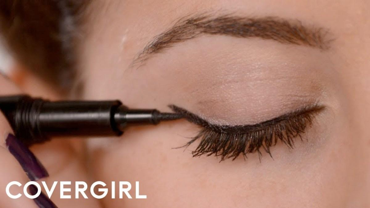 Modern Cat Eye Makeup How To Apply Eyeliner Cat Eye Makeup Covergirl Youtube