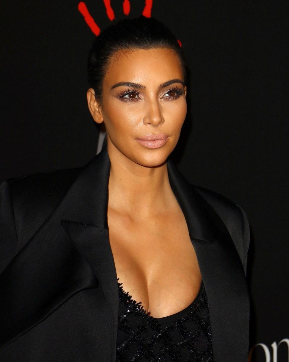 Modern Cat Eye Makeup Kim Kardashian Wears An Eye Makeup Look Perfect For When Youre Sick