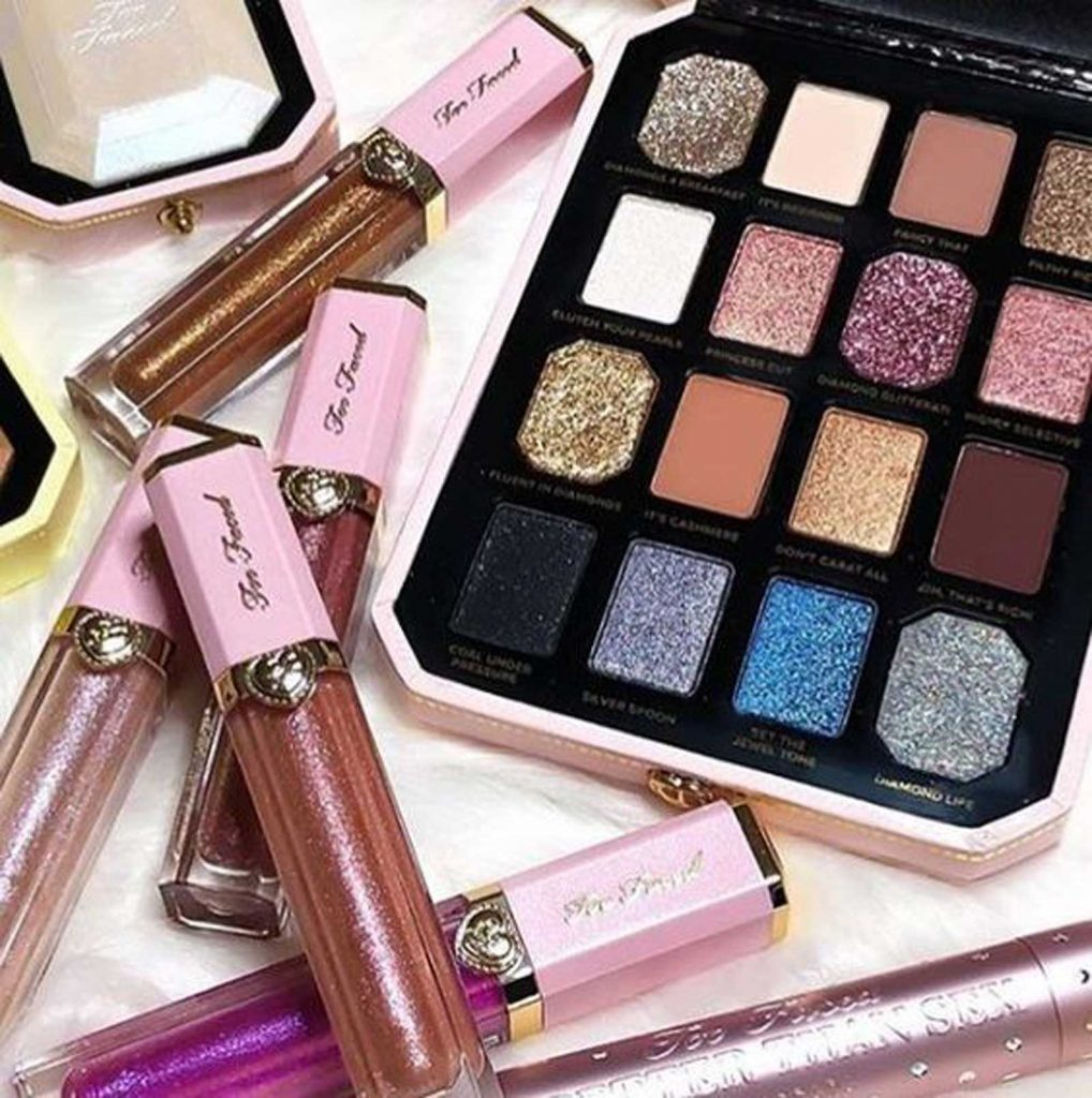 Pretty Light Eye Makeup Too Faced Pretty Rich Diamond Light Eyeshadow Palette Rashmi Bhanja