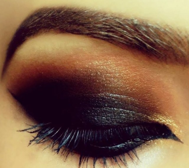 Prom Makeup For Hazel Eyes How To Achieve A Prom Makeup For Brown Eyes