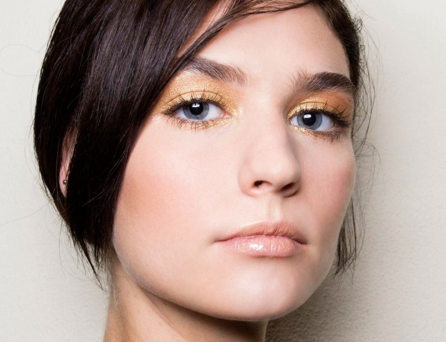 Prom Makeup For Hazel Eyes Prom Makeup Ideas To Show Off Your Eye Color Stylecaster