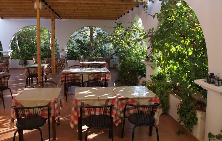 Eristos Beach Restaurant Tilos 3