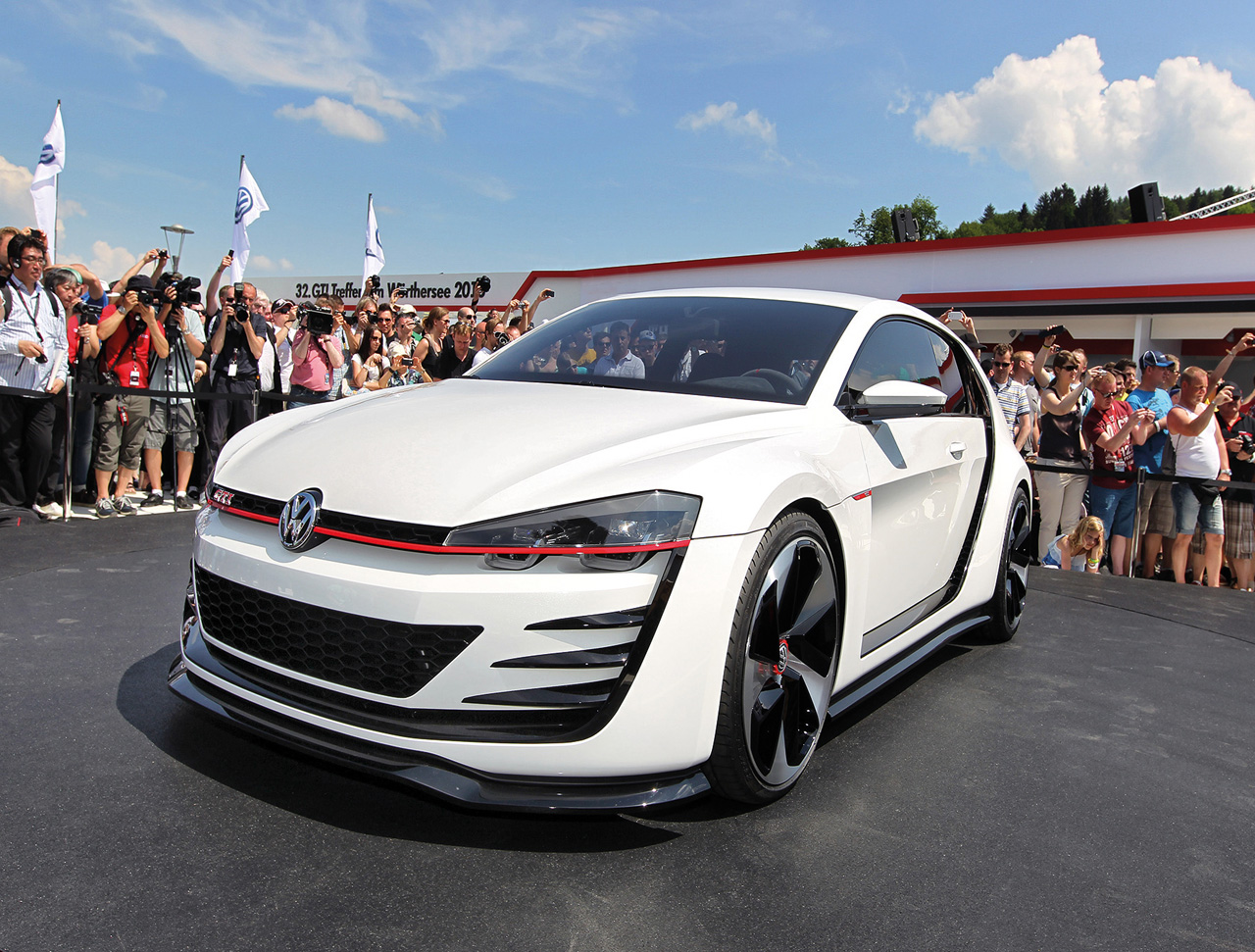hight resolution of vw design vision gti concept 2