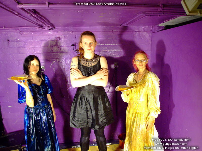 Lady Amaranths Pies  A clean lady gives herself to the gunge girls