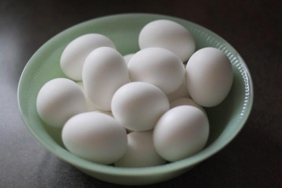 jadite-bowl-full-of-easter-eggs-to-sugar