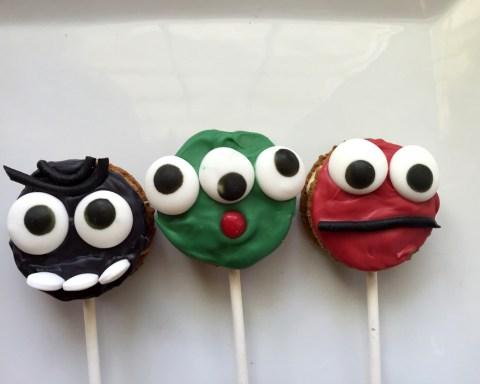 Halloween Treats Monster Cookie Pops