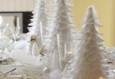 White Christmas Table Decor