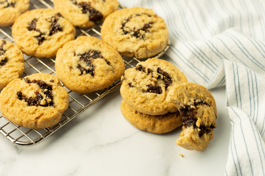 Soft, chewy fig cookies
