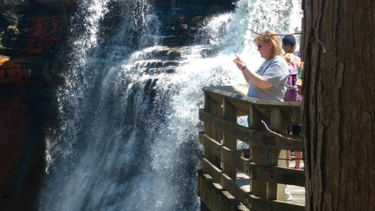 14 Wendi taking pic at falls