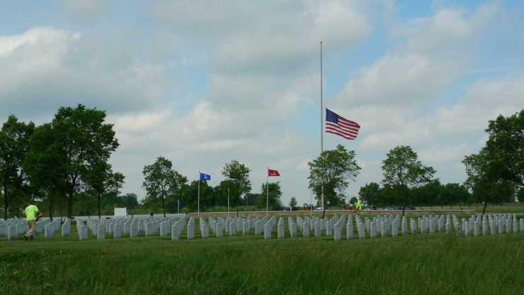 Scouts Making Memorial Day Memorable