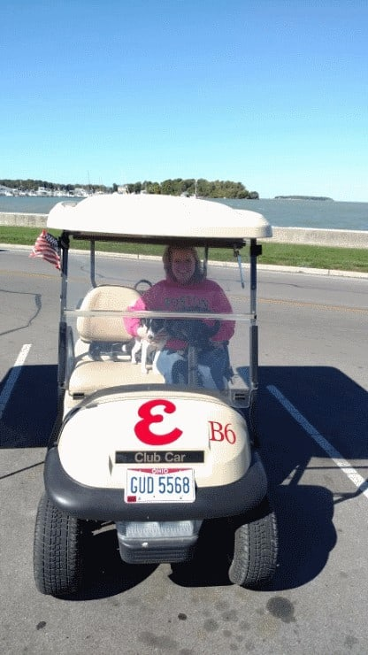 wendi-and-owney-in-cart