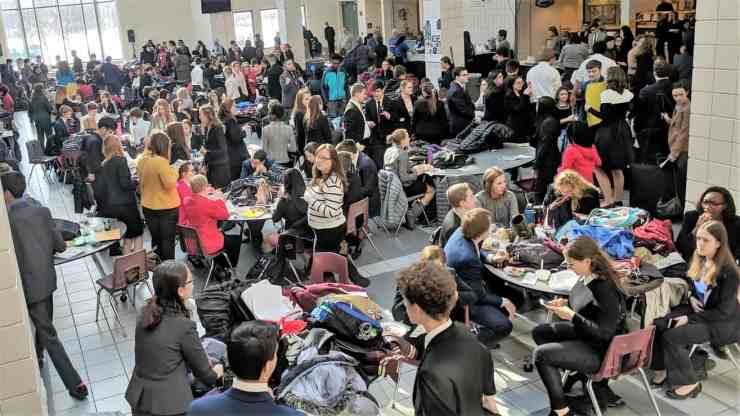 photo of crowd at wooster high school speech debate tournament