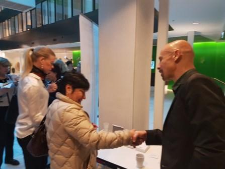 Niklas hälsar deltagare välkomna